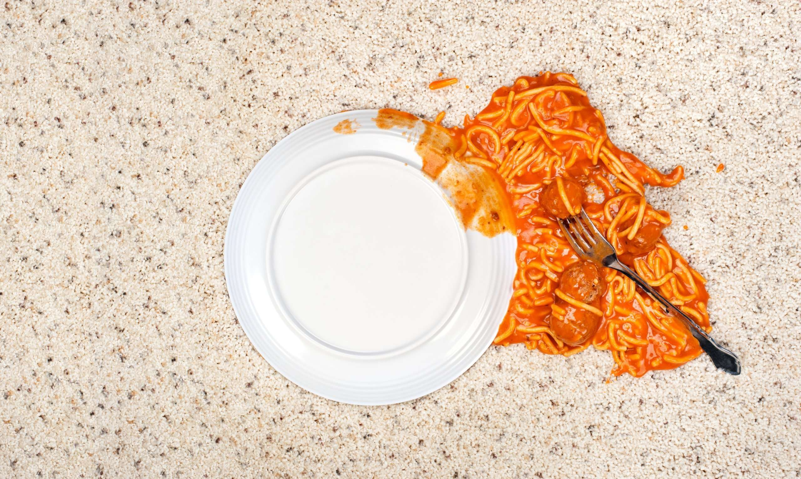 How to remove marinara from carpets